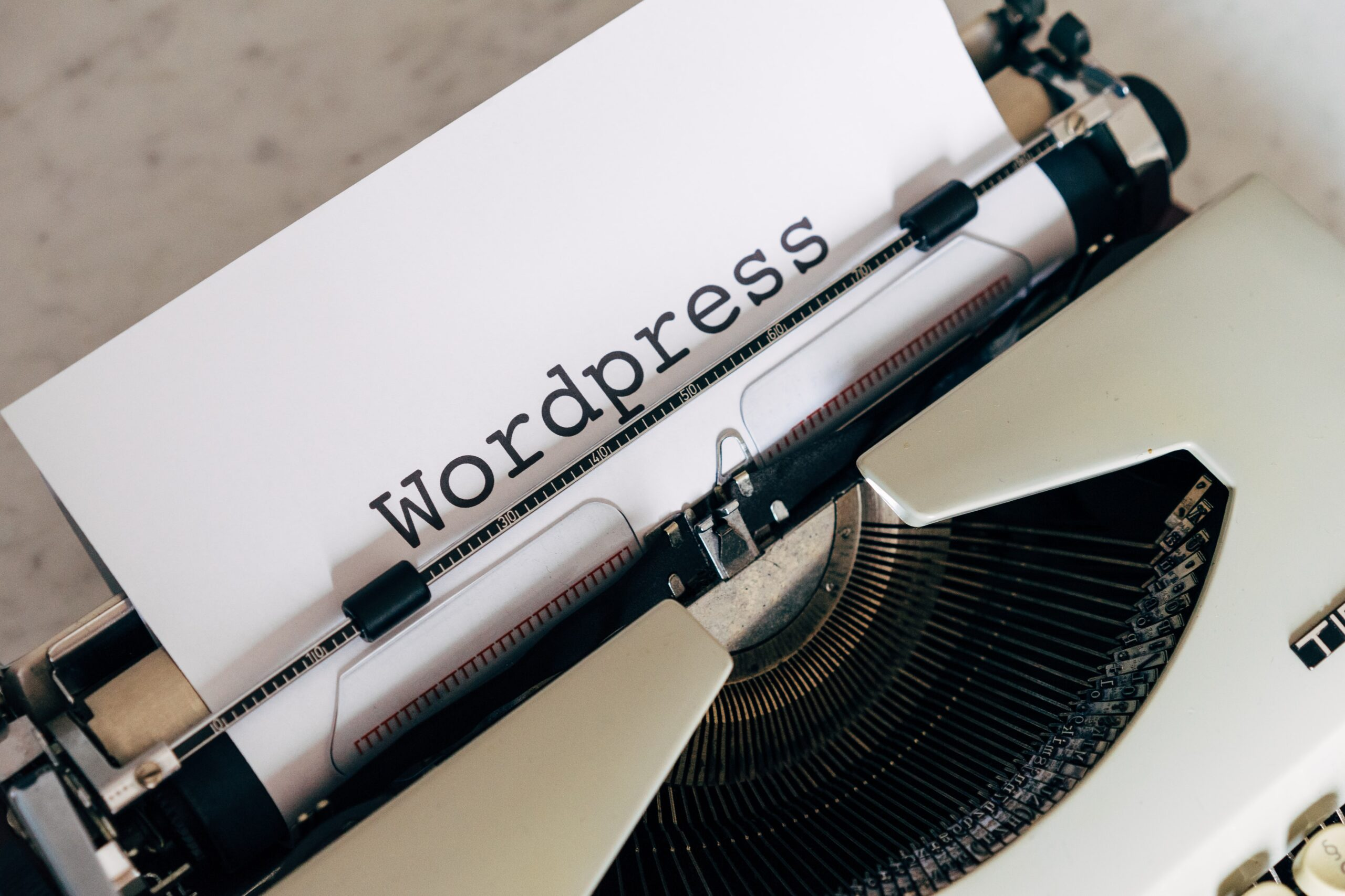 WordPress.com vs WordPress.org – Differences and Which One You Should Use