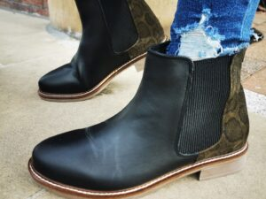 Adesso Black Leather Ankle Boot