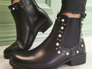 Connie Pearl Chelsea Boots