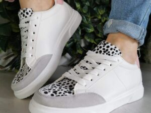 Sara 19186 White and Grey Leopard Trainer