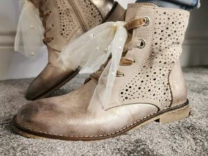 LG Beige Bow Tie Boots Sole sister 2