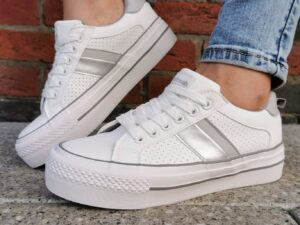 Refresh 72918 White and Grey Trainers