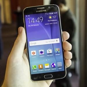Mirrorlink-Samsung-S6-Edge
