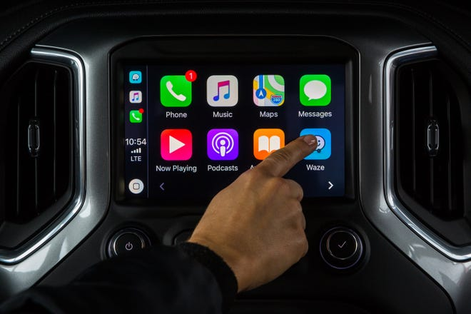 Apple CarPlay MirrorLink