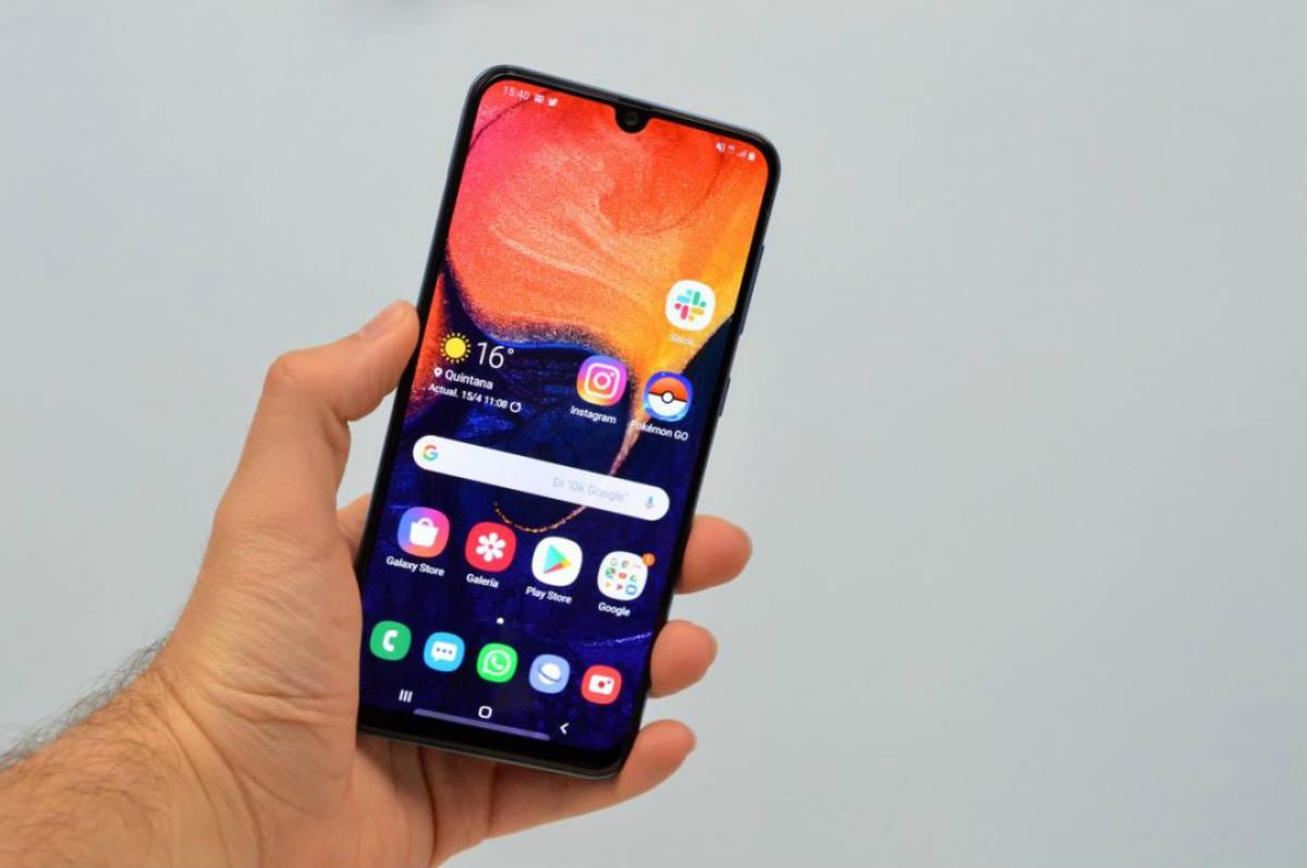 MirrorLink compatible smartphones 2020