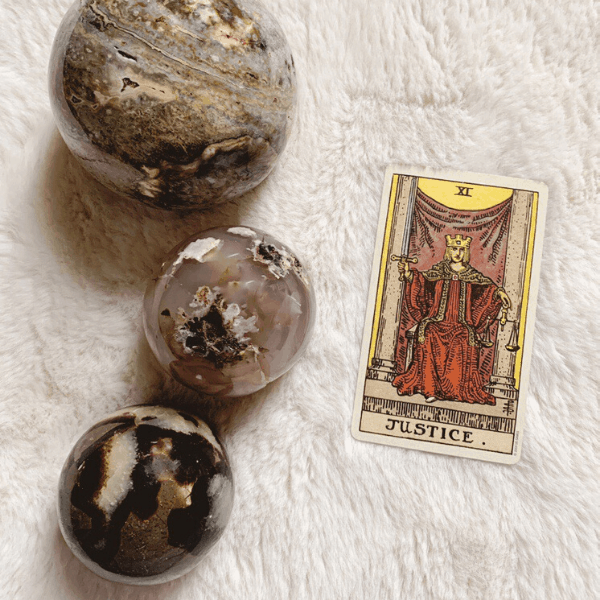 Justice Tarot meaning for relationships, love, outcome, future, ex returning