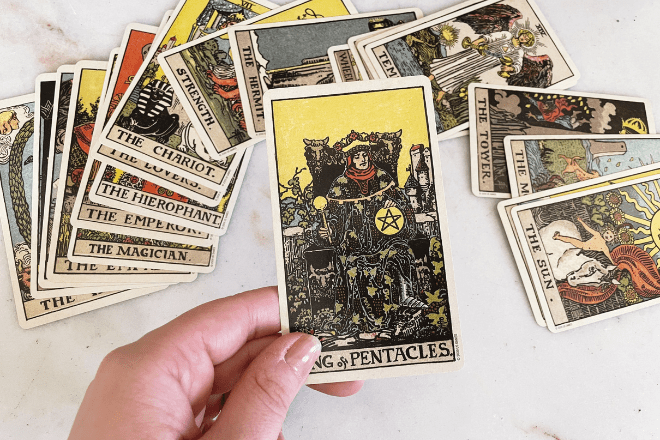 8 King of Pentacles Tarot Meanings: Love, Outcomes, Feelings & More!