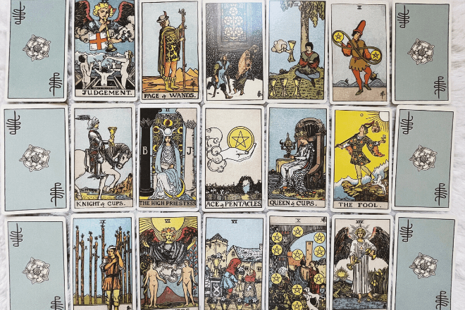 How to Use a Tarot Significator