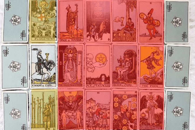 How to use a Tarot court card signifier