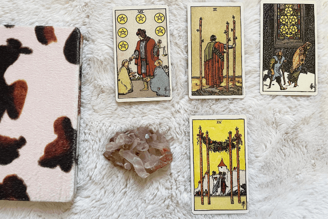 How to Select a Tarot Spread
