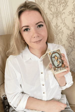 The World Tarot love and relationships