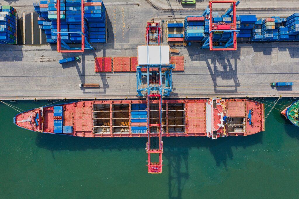 indonesia_aerial-photo-of-cargo-ship-near-intermodal-containers-2231744