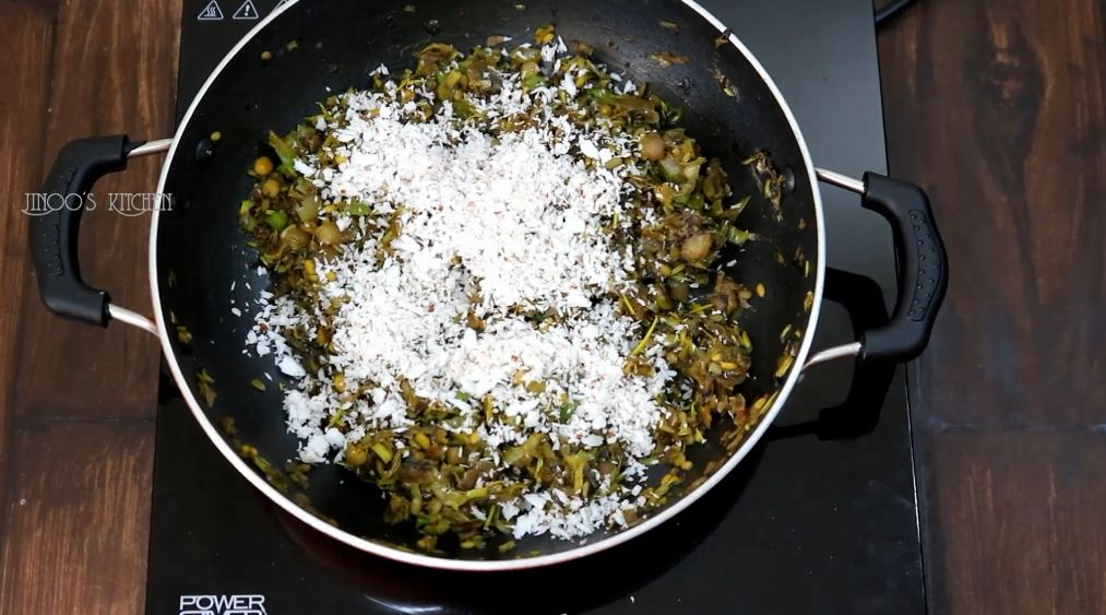 Agathi Poo Poriyal