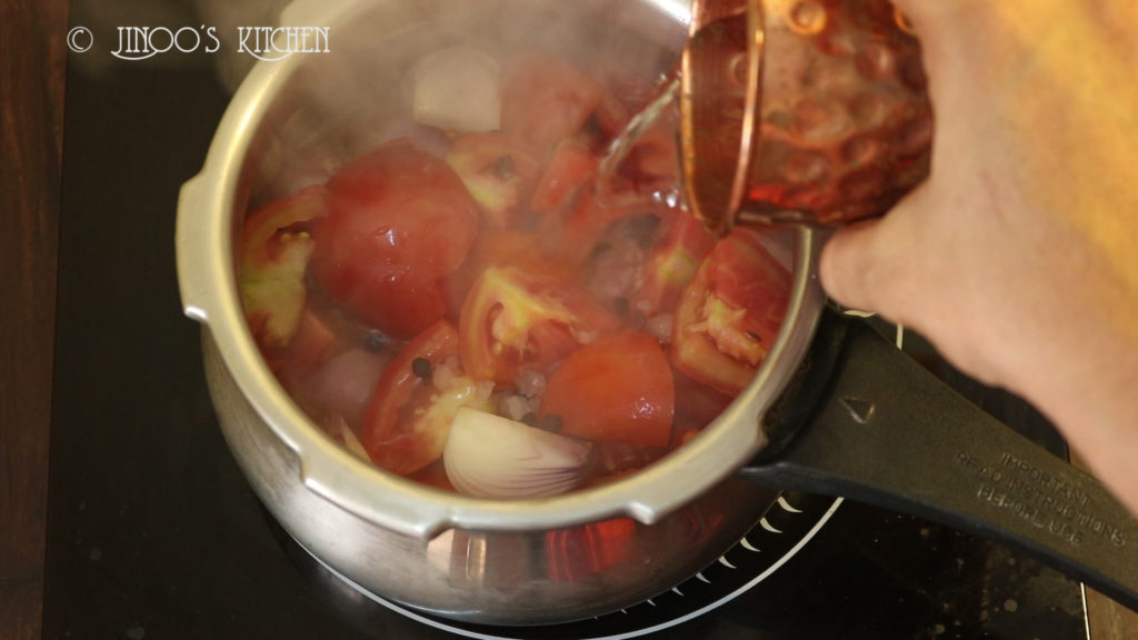 how to make simple tomato soup