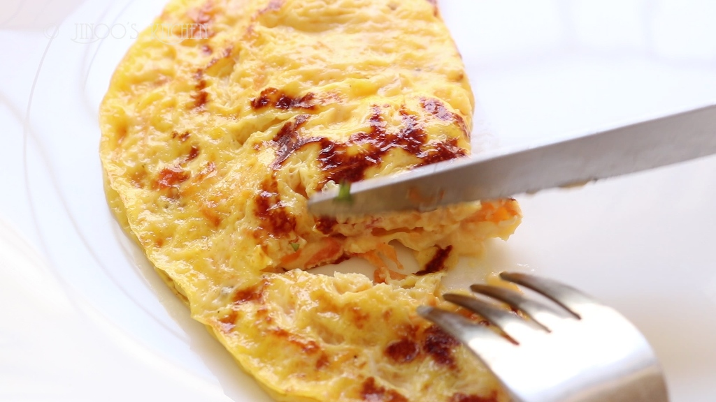egg recipes south indian - sweet cheese omelette