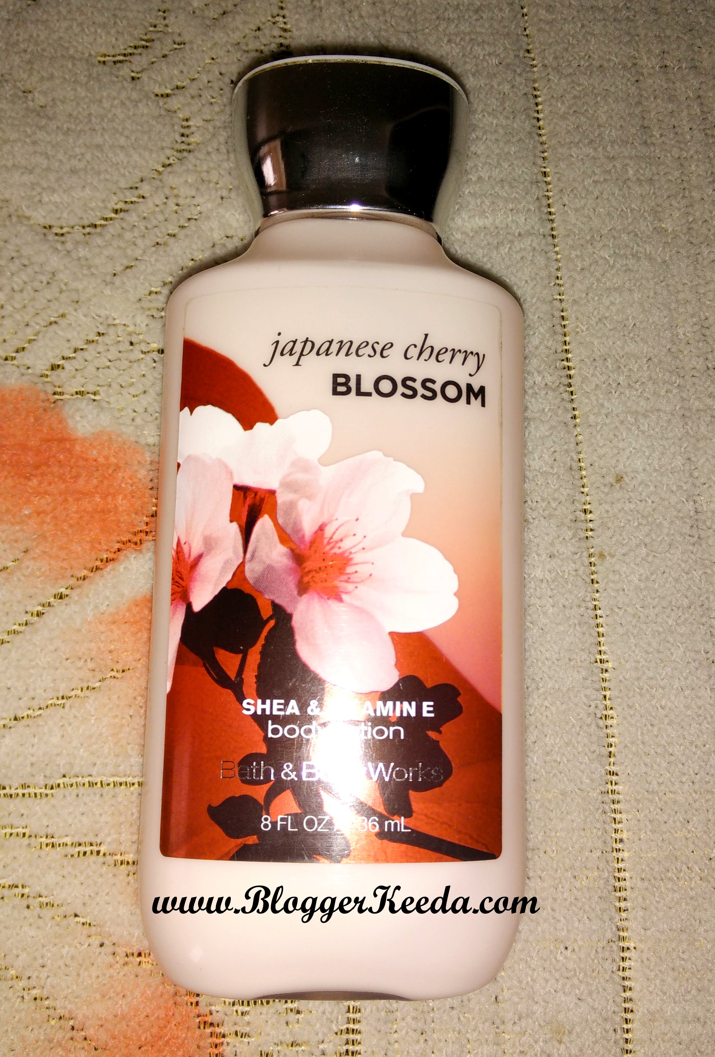 Japanese Cherry Blossom Body Lotion by Bath and Body Works 01