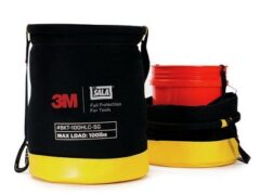 3M™ DBI-SALA® 5 Gallon Safe Bucket 45.4 kg (100 lb.) Load Rated Hook and Loop Canvas 1500135