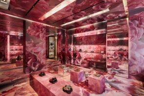 Burberry Interior Wrap