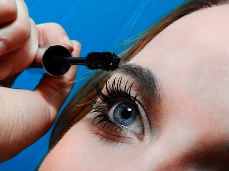 10 BEST MASCARA FOR YOUR EYE MAKEUP