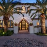 Mediterranean Entrance Designs You Will Love