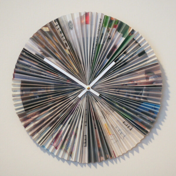 Convert Your Old Magazines In to Home Decor