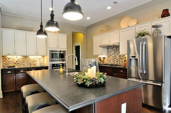 Lovely Kitchen Design With Granite Countertops