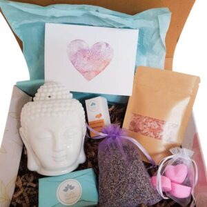 7 Piece Luxury spa Gift Set with Oil Burner