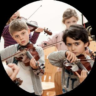 klassenstreicher lernen - finanziert durch die Helmut Behn Stiftung - Musik