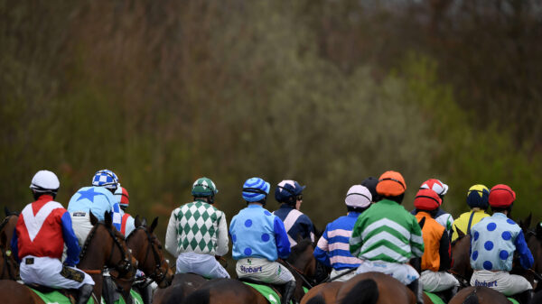 Racing returns to Kempton Park on June 3