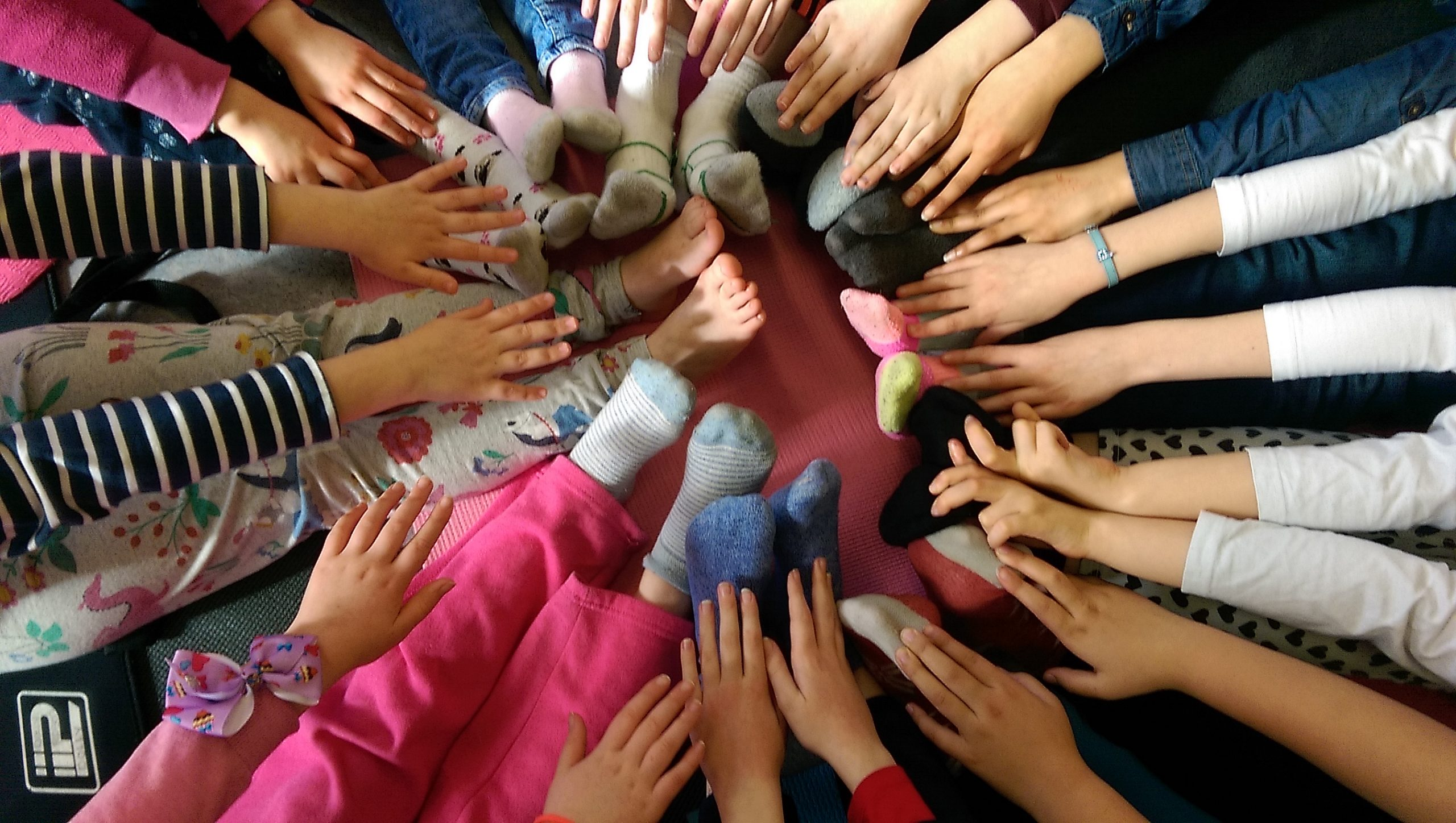 Creative Wellbeing Teacher Training supports the physical, mental & emotional health of children through yoga, creative movement & self-care- www.healingyoga.ie