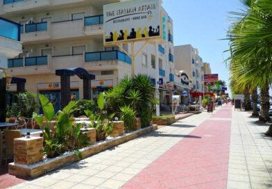 …Y llegó la esperada desescalada a los comercios y terrazas de Orihuela Costa.