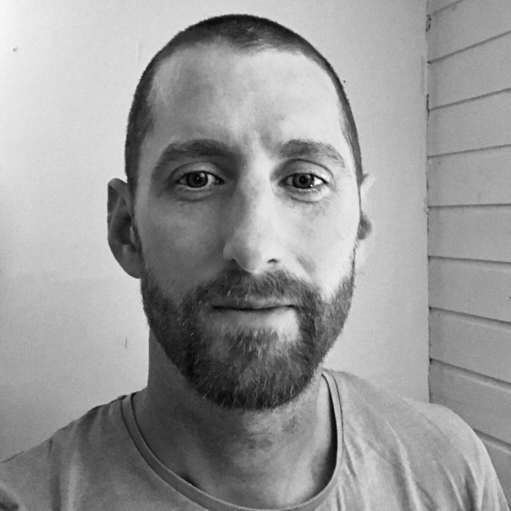 Dan Pratt black and white