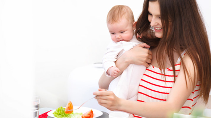 Breastfeeding Nutrition: 7 Tips for New Moms