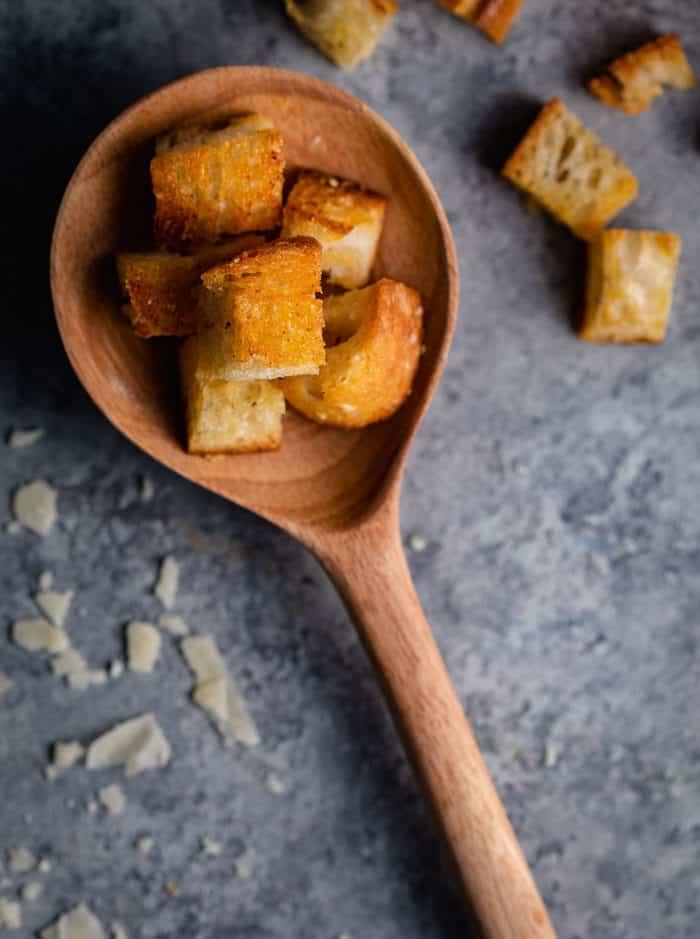Sourdough-Croutons
