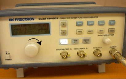 8. Signal generator in frequency mode, AMPLITUDE OFFSET is 10V and BNC connector at the output knob