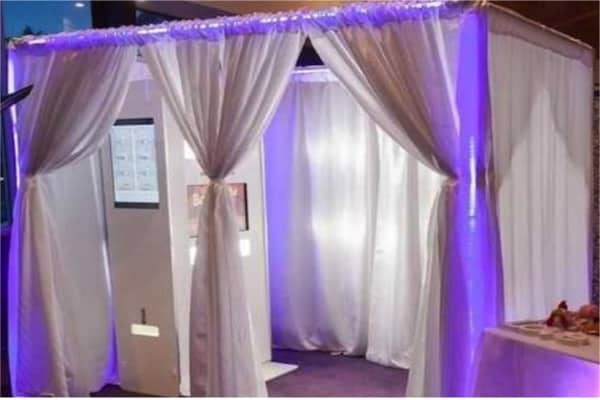 Exclusive photo booth to rent