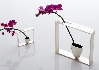 Outline Frame Vases