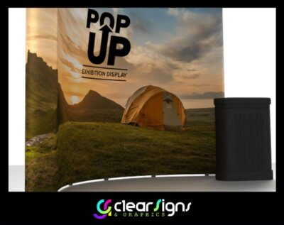 Pop Up Curved Exhibition Stand with table (1)