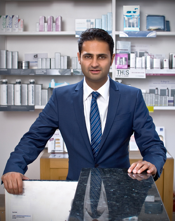 Mr Bhavash Padhiar, Pharmacist with over 20 years of clinical and surgical experience