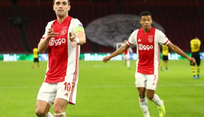 Ajax Amsterdam Pesta Gol di Europa League