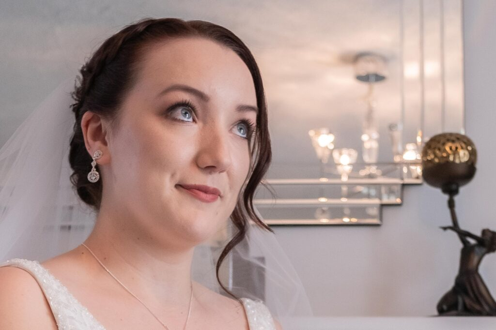Classic style bride