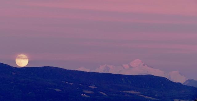 Mont Blanc pleine lune
