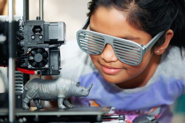 3Dinova'a hands-on 3D printing workshops