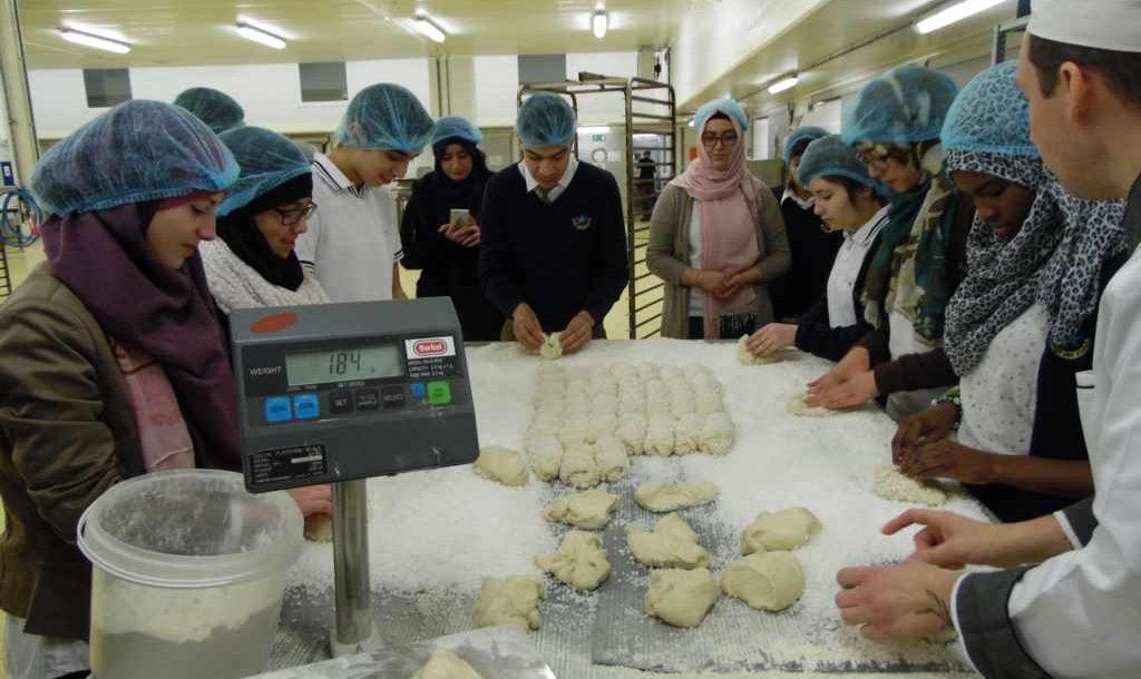 Visite d'une usine de biscuits