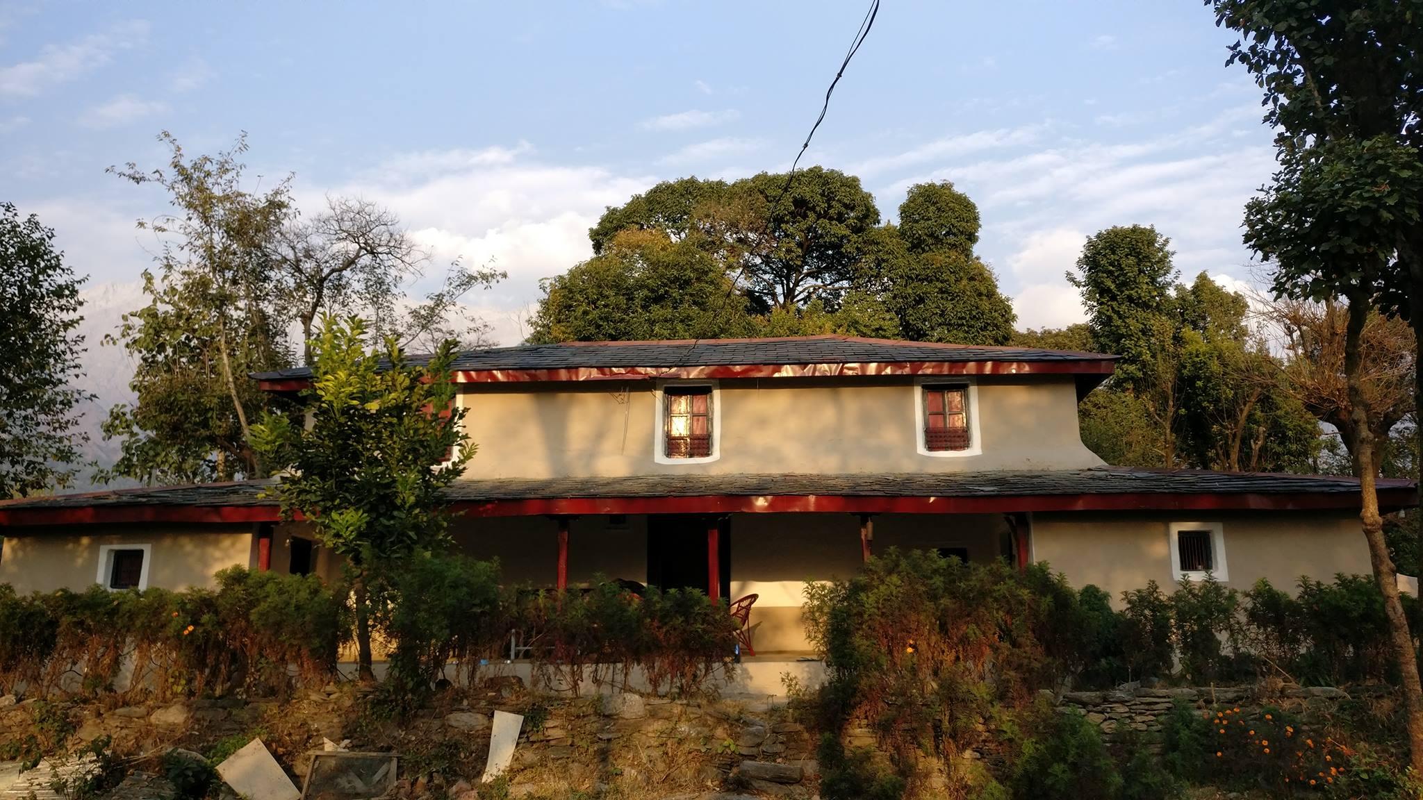 <h2>The Ballu </h2><p>Traditional Himachali Village Mud House</p><a title='Read more' href='#'></a>