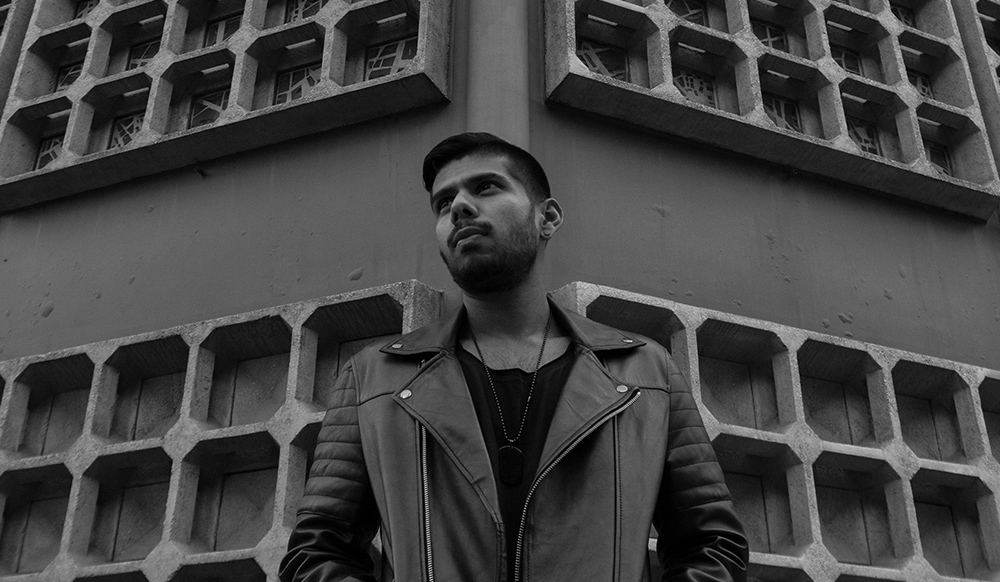 Premiere: Shaun Moses - Initiate Sequence