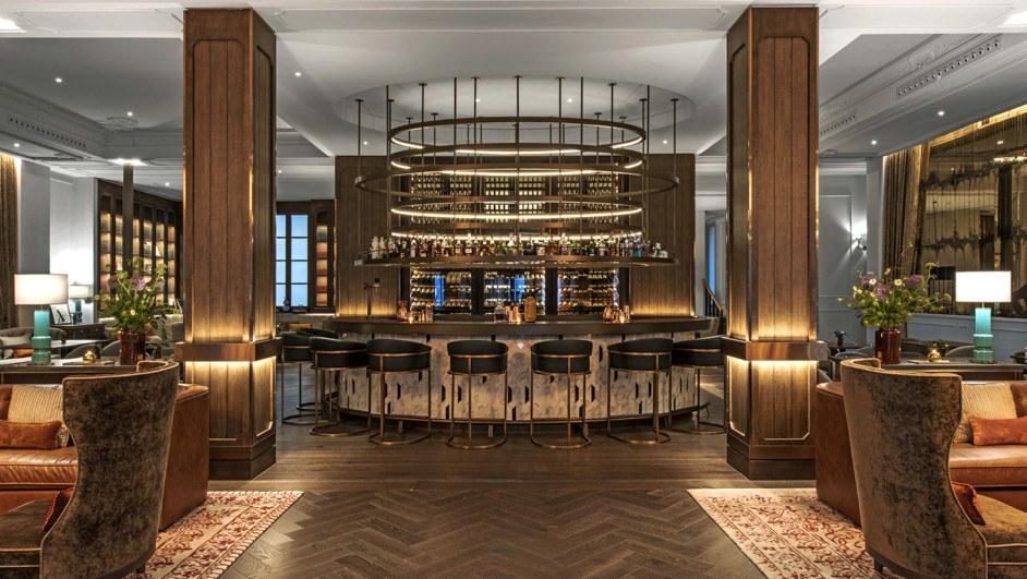 El Gran Hotel Inglés,Escenario de Madrid es Moda 2019 by LuxStyle