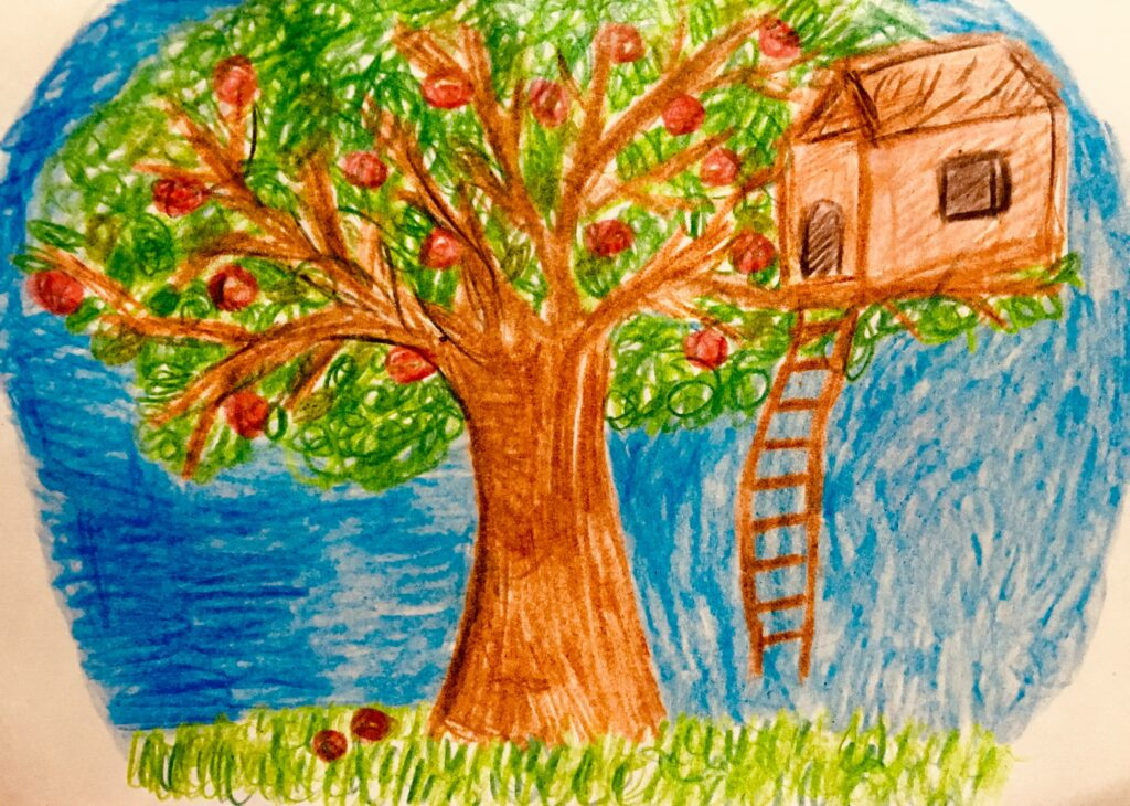 A tree house was located in the backyard of Rafia's house, made the creatures astonished.