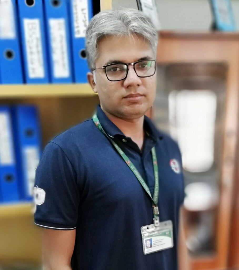 Interview Dr. Mohsin Khurshid