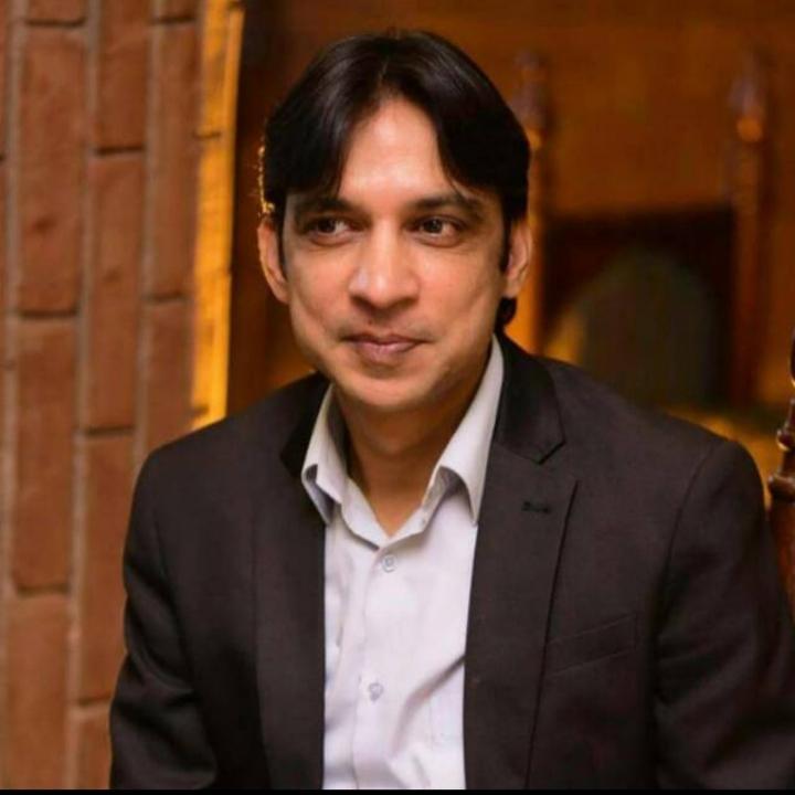 Dr Mustafa